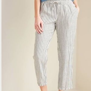 EUC old navy linen blend mid rise cropped pants